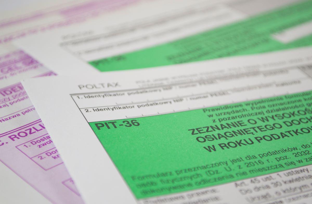 Jak rozliczyć roczne zeznanie PIT?