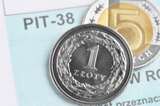 Kryptowaluty przynoszą coraz większe dochody. Jak je rozliczać? Na PIT-38