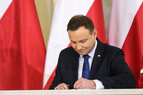 Prezydent Andrzej Duda podpisał ustawę o podatku od sprzedaży detaliczne