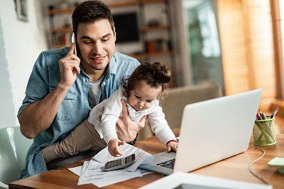 Zmiany w kodeksie pracy, dłuższy wymiar urlopu rodzicielskiego dla ojców w 2022 r.