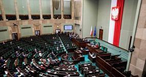 Sejm uchwalił Tarczę 2.0. Ustawa trafiła do Senatu