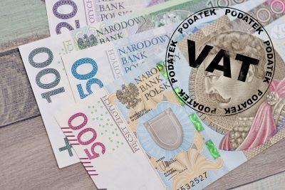 Urzędnicy mogą wielokrotnie przedłużać termin zwrotu VAT