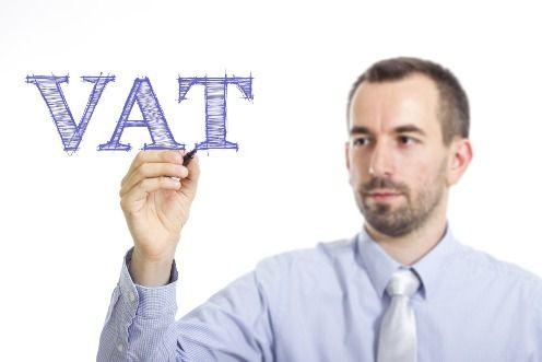 Brak odliczenia VAT z faktury za usługi, które powinny być objęte odwrotnym obciążeniem