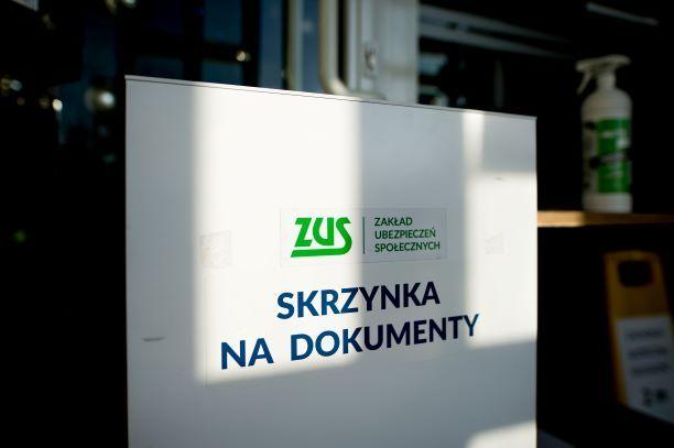 Jak prawidłowo sporządzić informację ZUS ZSWA za 2020 r.?