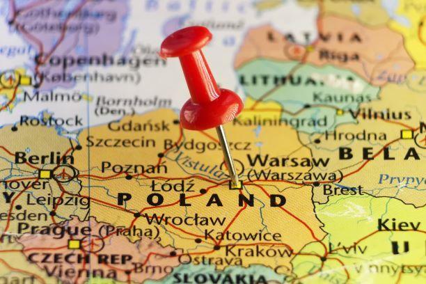 Mieszkam za granicą. Czy muszę rozliczyć się w Polsce?