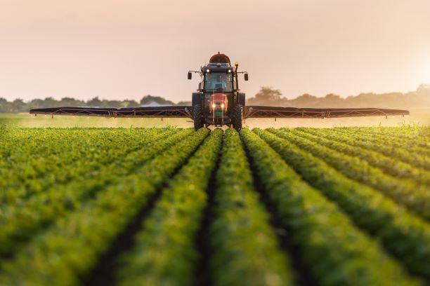 8 proc. VAT na nawozy i środki ochrony roślin pozostało