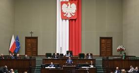 Polski Ład w Senacie: kiedy uchwalą przepisy podatkowe na 2022 rok?
