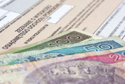 5,5 mld zwrotów PIT 2021 przekazane na konta podatników