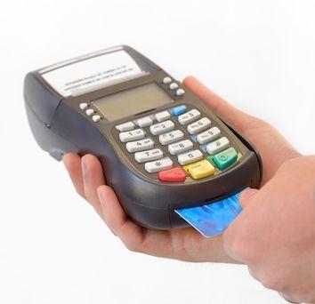 Rząd za eliminacją płatności gotówkowych