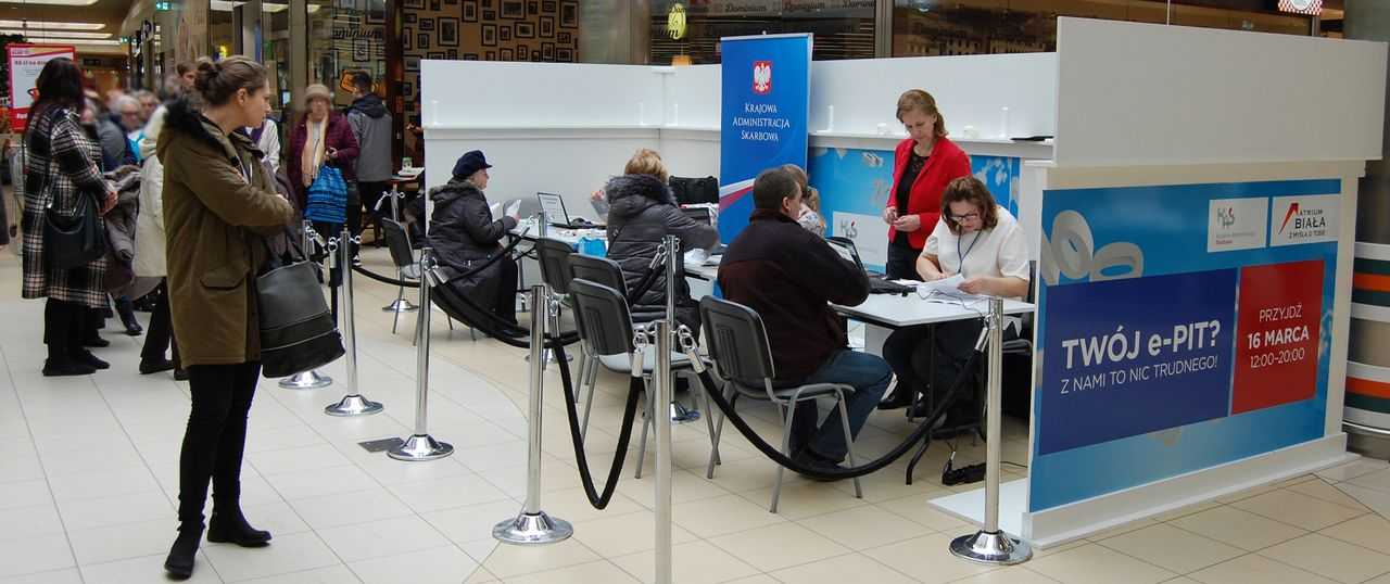 Blisko 7 tys. podatników odwiedziło punkty PIT w galeriach handlowych