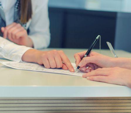 Zawieranie umów o dzieło z pracownikami