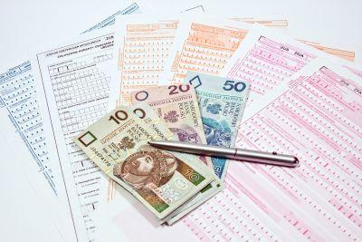Wynagrodzenie za grudzień płatne w styczniu? Konieczny raport RPA do ZUS