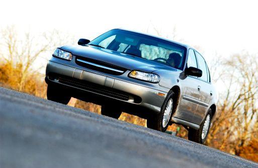 Sprzedaż auta firmowego, wyłączenie z działalności
