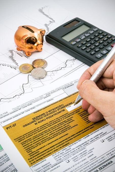 Zwrot podatku z zagranicy z jednego roku powinien pojawić się w zeznaniu za rok następny