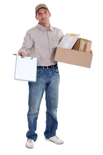 Uwaga na oszustów: wyłudzenia opłaty celnej za paczki wysyłane z zagranicy
