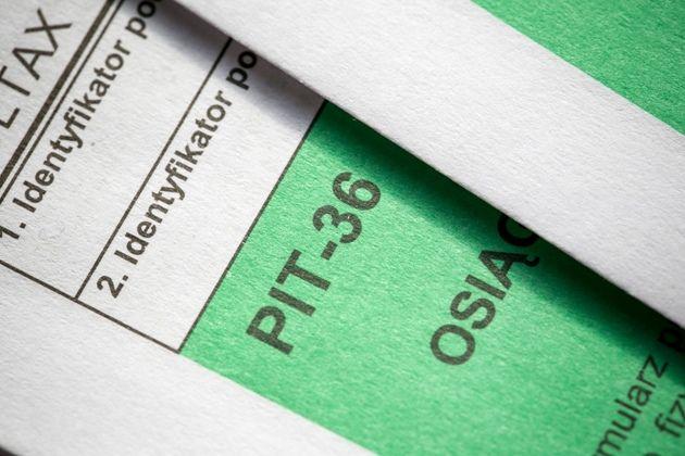 Przedsiębiorcy muszą sami wypełnić PIT za 2020 rok. Fiskus nie rozliczy ich