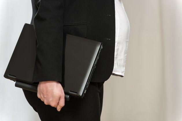 Wyjazdy służbowe pracownic w ciąży nie zawsze możliwe