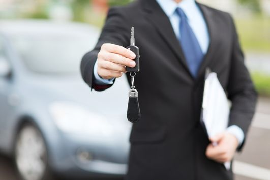 Sprzedaż auta po pół roku od jego wykupu z leasingu