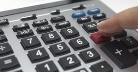 Kalkulatory dla przedsiębiorców 2019: zaliczka miesięczna lub kwartalna
