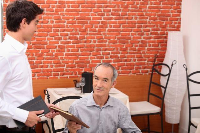 Odliczenie VAT od usług noclegowych i gastronomicznych