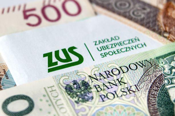 Koniec zwolnienia z ZUS. W lipcu trzeba już zapłacić składki i wyższy podatek