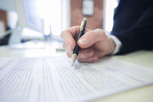Jak wypełnić wniosek o dofinansowanie do wynagrodzenia w okresie przestoju?
