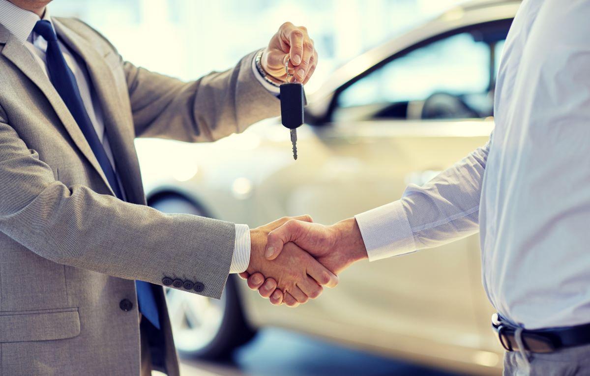 Zakup samochodu - jaki podatek