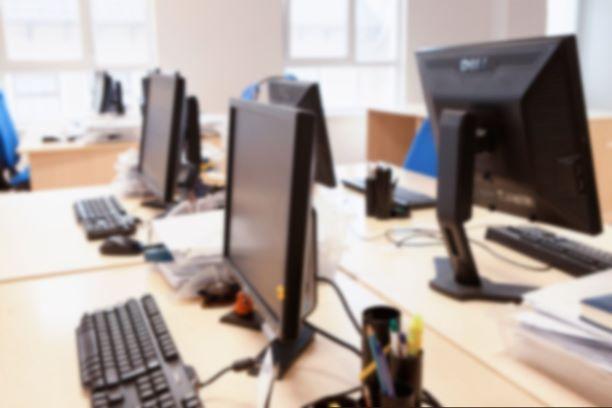 0 proc. VAT dla darowizn sprzętu komputerowego dla szkół ponownie możliwe