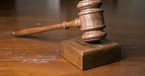 By odmówić przedsiębiorcy zwrotu VAT, fiskus zajął dwa wzajemnie sprzeczne stanowiska