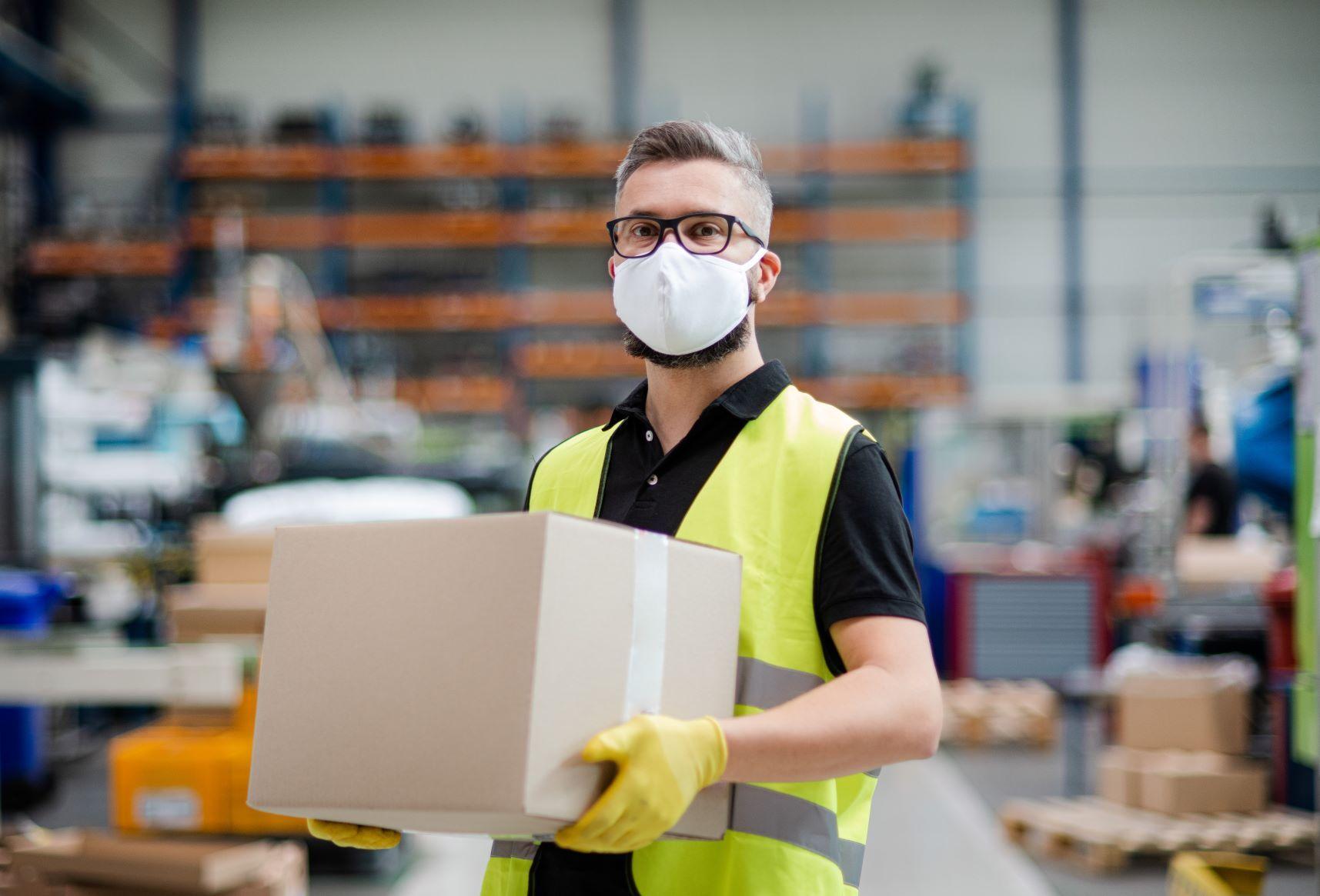 Zagrożenie życia lub zdrowia uzasadnia odsunięcie od pracy