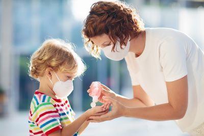 Koniec z zasiłkami opiekuńczym dla rodziców? Zasiłek od 13 lipca może nie być już wypłacany