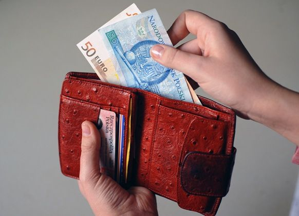 Składki ZUS uzależnione od przychodu coraz bliżej. Poprawki w Sejmie