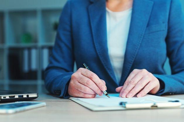 Wykazywanie wielkości etatu iodprawy emerytalnej wświadectwie pracy