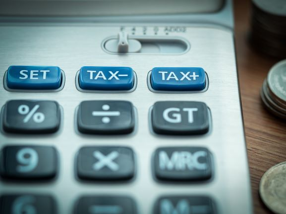 Odsetki za zwłokę organu w zwrocie VAT, gdy wynika on ze złożonej przez firmę korekty