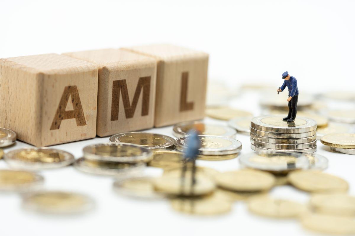 Limit płatności gotówkowych w świetle AML