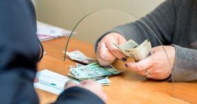 Wypłacono już 110 mln zł dodatku solidarnościowego po utracie pracy