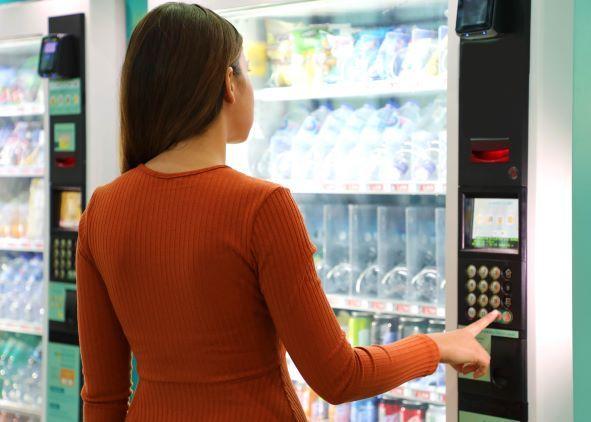 Kasy rejestrujące w automatach. Czy paragon musi być papierowy?