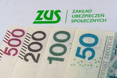Składki ZUS na 2022 rok. Przedsiębiorcy zapłacą więcej
