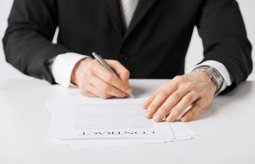 Umowa zlecenie czy dzieło? Wyjaśnienia ZUS
