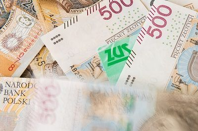 Zmiany w 500plus przyjęte, wypłatę świadczenia przejmie ZUS
