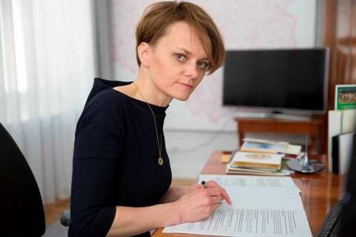 Minister Emilewicz uspokaja: składki ZUS uzależnione od dochodu tylko dla najmniejszych firm