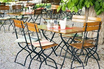 Stół piwny użyczany sprzedawcy - czy użyczenie generuje PIT lub VAT?