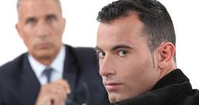 Szersza kontrola firm audytorskich i biegłych rewidentów