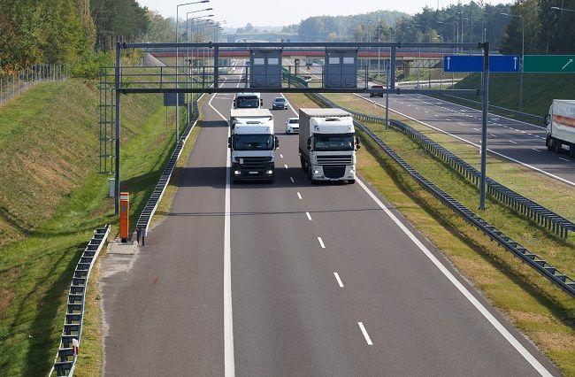 Ulgi dla przewoźników, którzy pośpieszą się z rejestracją w e-Toll